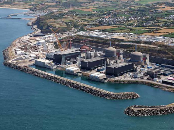 Photo : La centrale de Flamanville, office du tourisme de Cherbourg.
